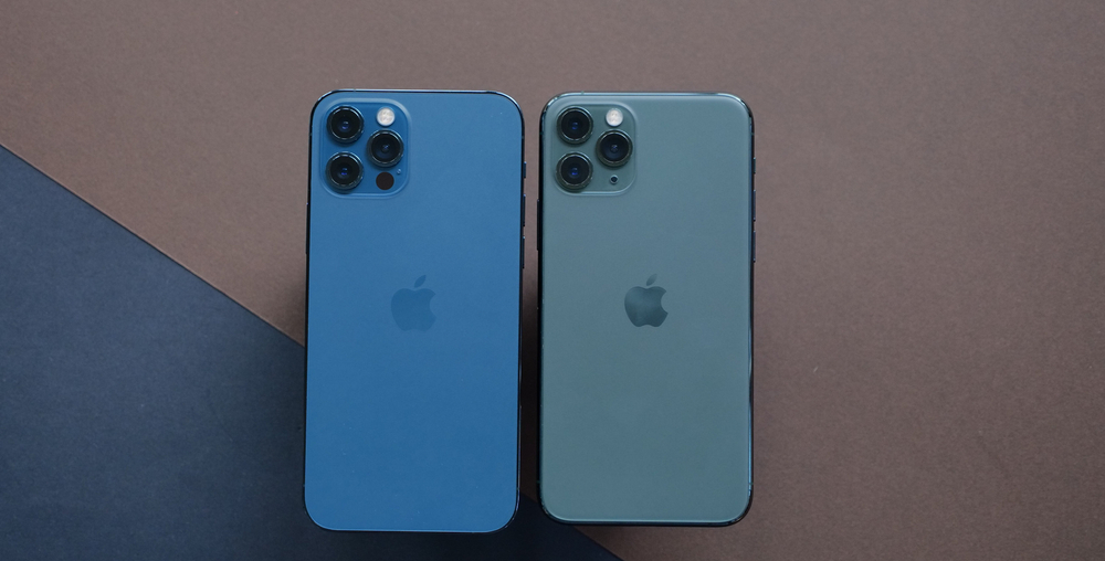 iPhone 12 Pro Max Compared to S20 Ultra
